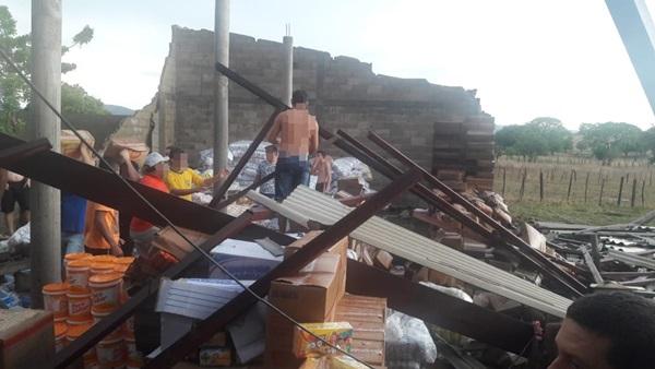 Riacho de Santana (RN): chuva com granizo e vendaval no Sitio Catolezinho