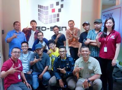 para blogger yang hadir dijelaskan tentang layanan netsuite untuk manajemen bisnis