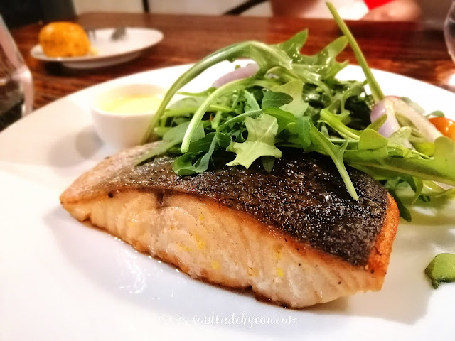 Pan-Seared Salmon @ Laundrolux