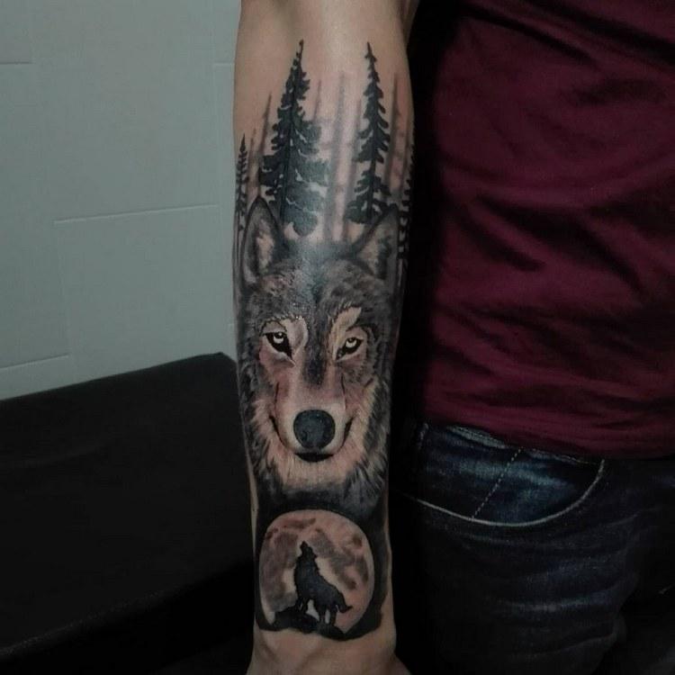 Tattoo ideas, tattoo wolf geometric, wolf tattoo meaning, wolf tattoo tumblr, tattoo wolf design, wolf tattoo arm