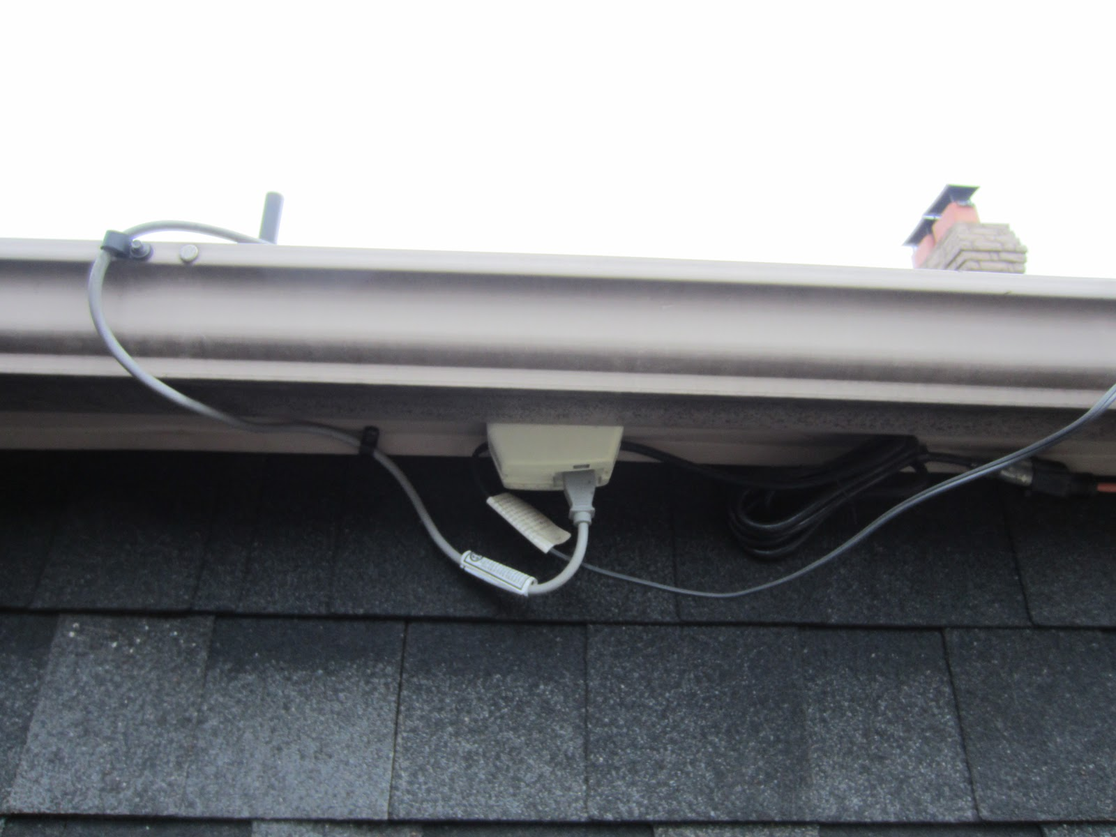 Toronto Eavestroughing 6 Inch Eavestrough And Heater Cables