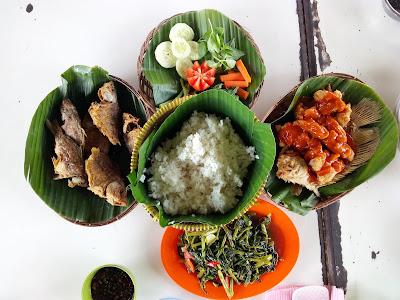 Menu Seafood di Riung Gunung