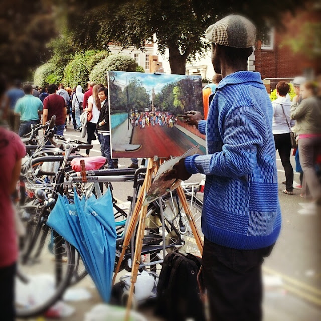 Street painter at the Notting Hill festival in London