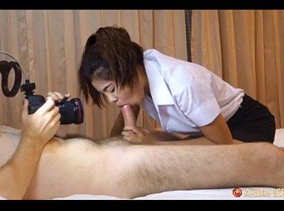 ฝรั่งเย็ดกับนักศึกษาไทยของจริง ควยยาวใหญ่เสียบหีสาวในเครื่องแบบนิสิต