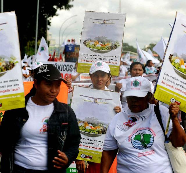 Vermelhos e verdes visam mesmo objetivo. Ambientalistas e 'movimentos sociais' contra o progresso da agropecuária.