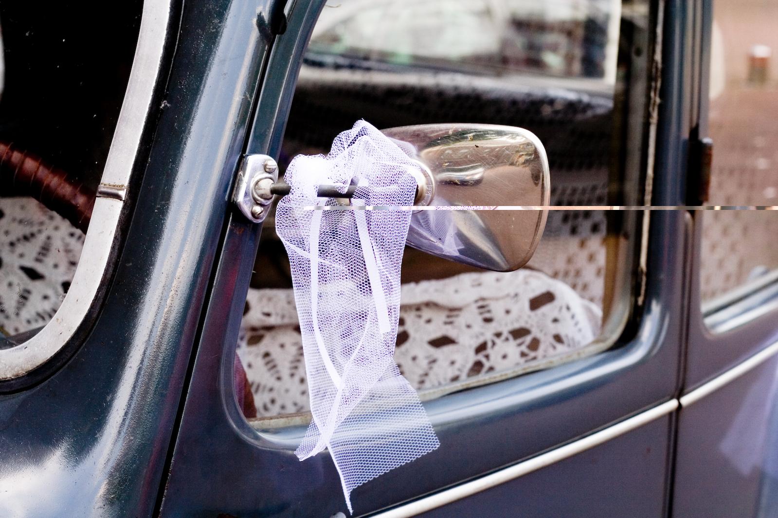 el lugar de la novia es el de mayor preferencia el derecho de la parte