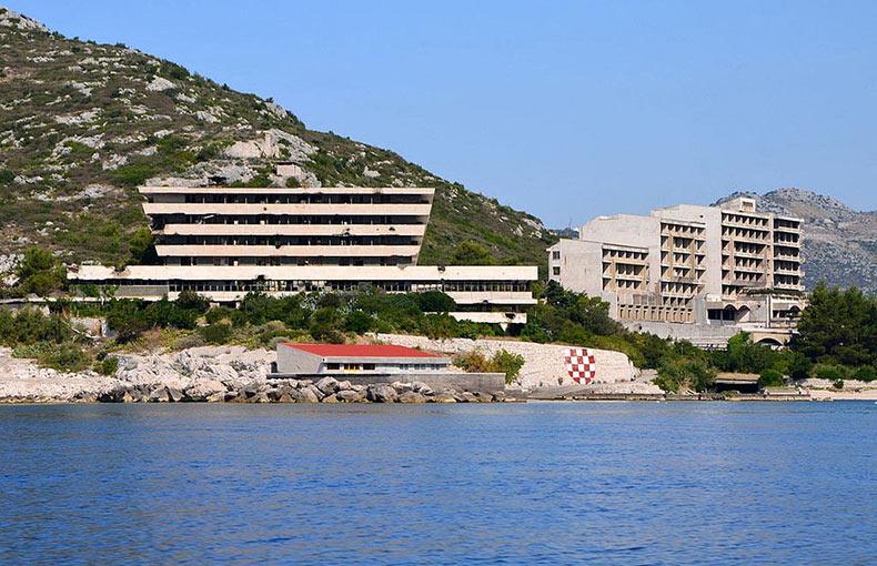 Los hoteles abandonados de Kupari | Croacia