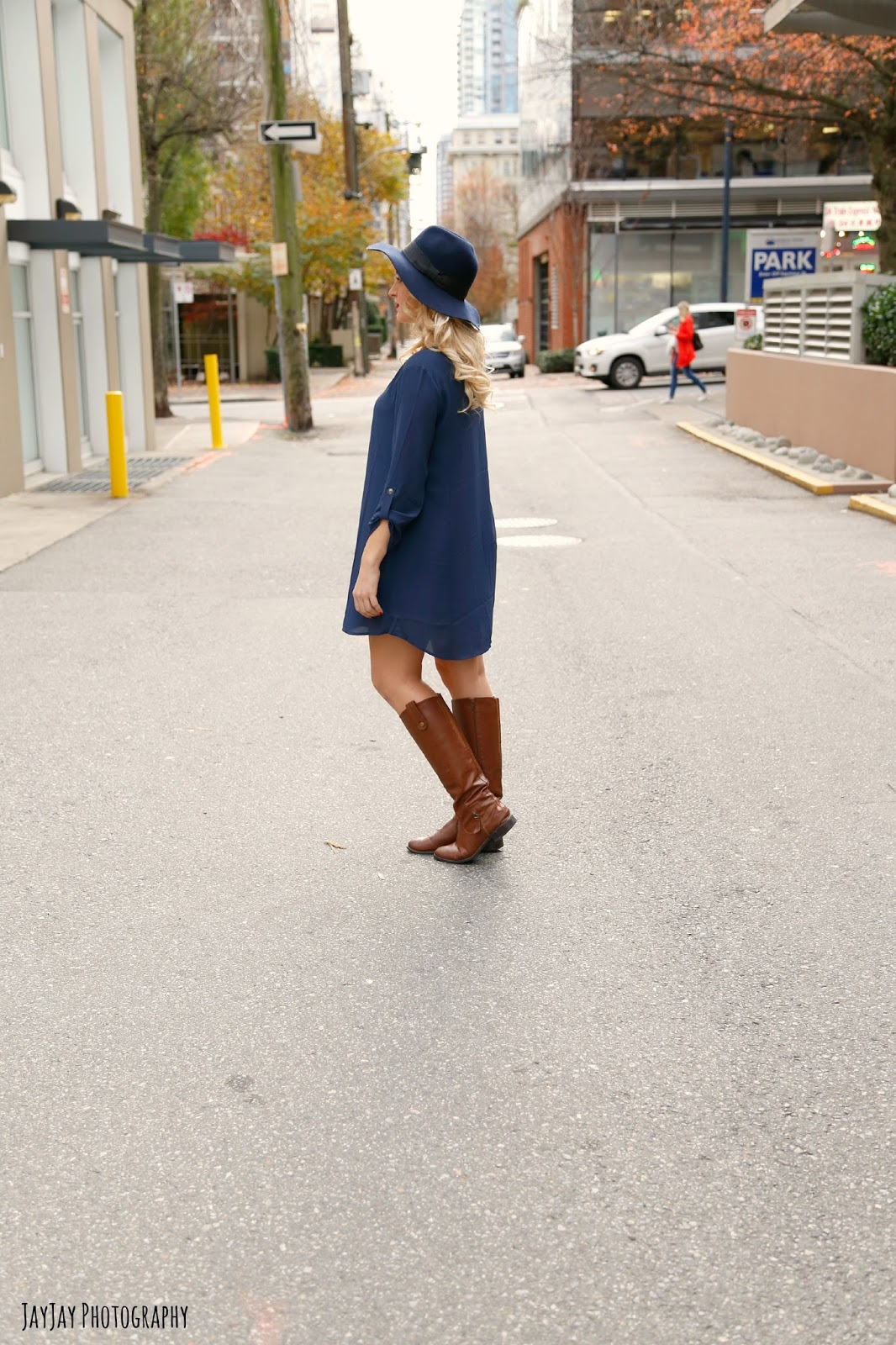 fall-dress-and-riding-boots