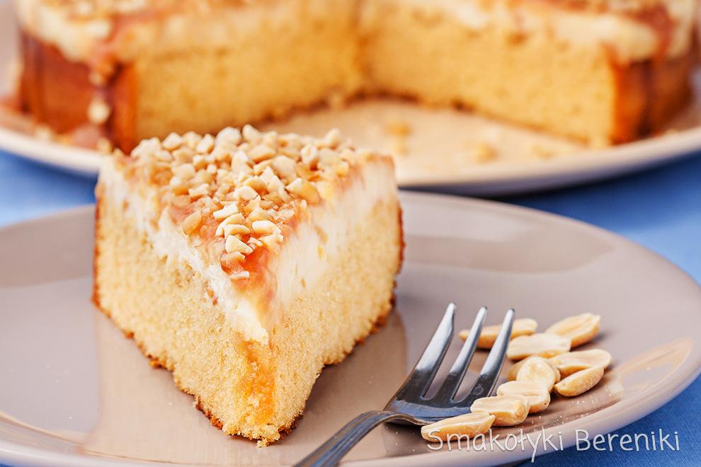 Ciasto z orzeszkami ziemnymi