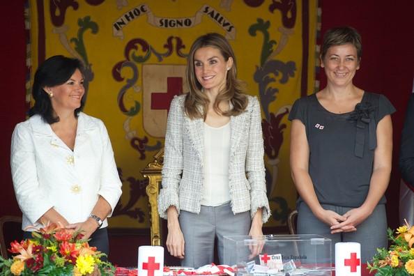 Princess Letizia wore Hugo Boss coat. Crown Prince Felipe and Crown Princess Letizia at Red Cross Day