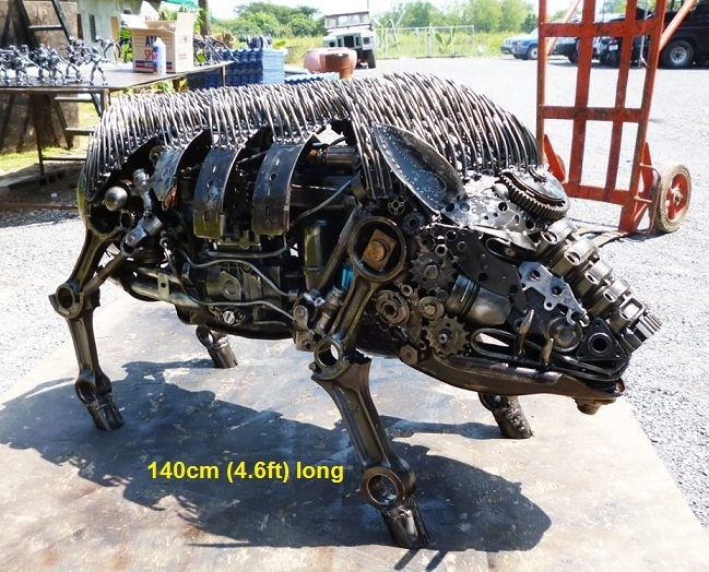 10-Wild-Boar-Namfon-Suktawee-Animals-Art-made-by-Upcycling-Scrap-Metal-in-Thailand-www-designstack-co