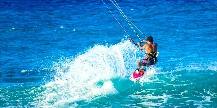 Windsurf e kite in Grecia
