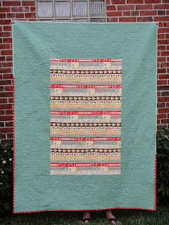 http://ablueskykindoflife.blogspot.com/2014/05/kitchen-window-quilt-finished.html