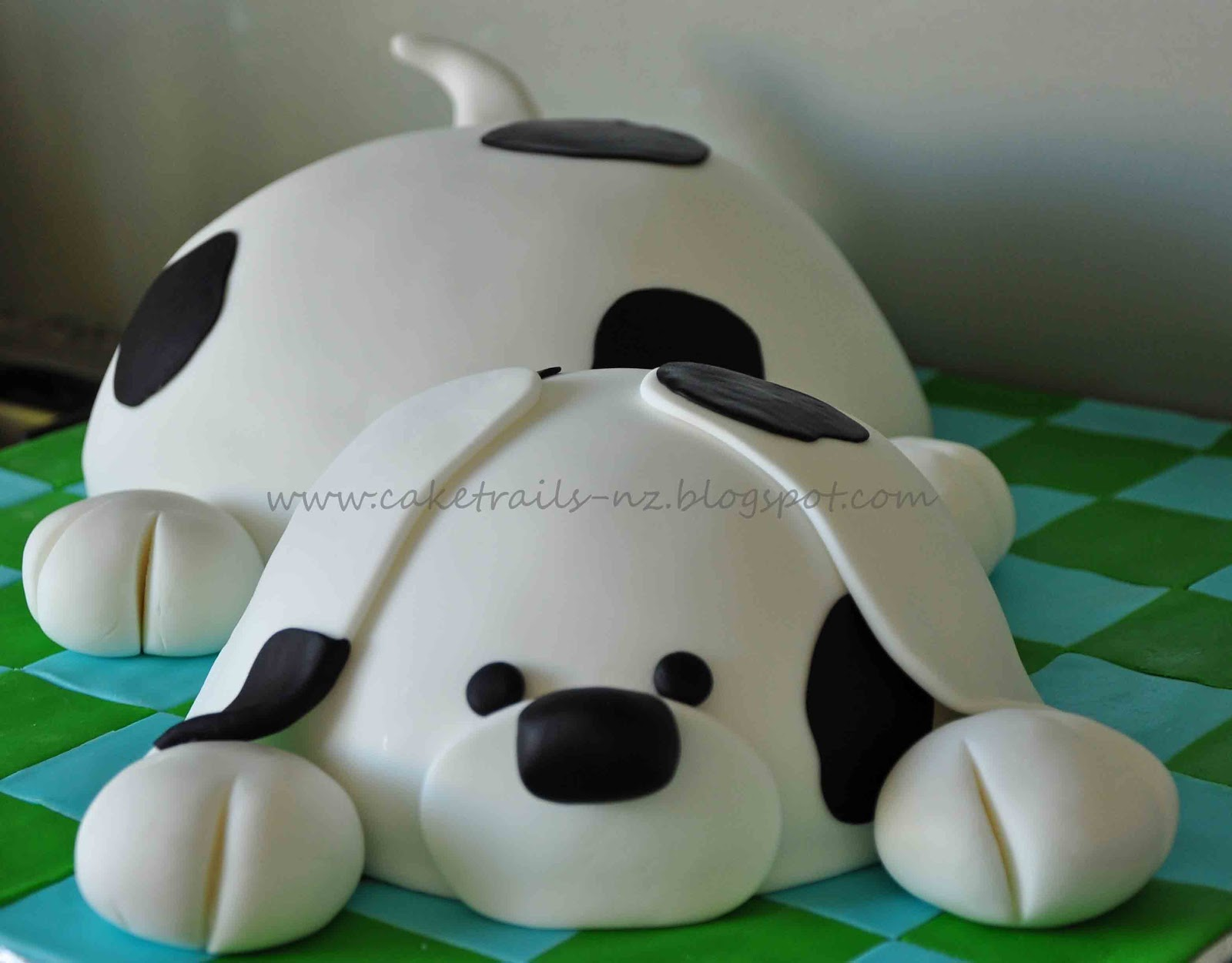 How To Make A Fondant Dog Cake