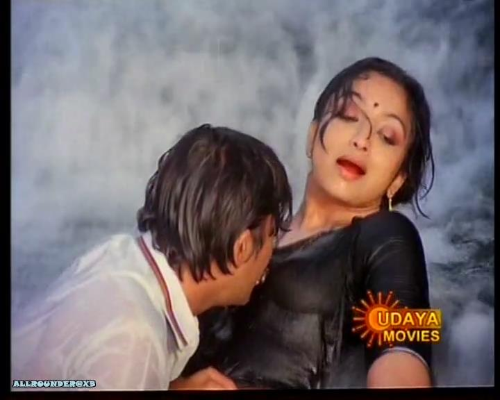 actress boobs  tamil old  sexy