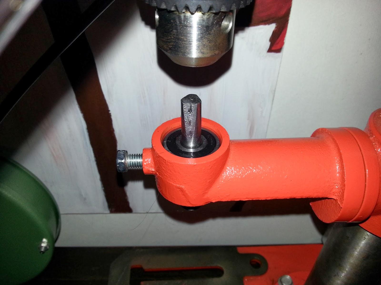 Brazo de fresado para conversión de taladro de banco en fresador