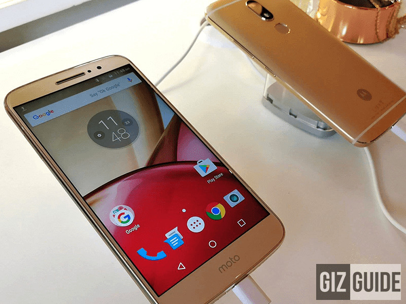 Close-up look of the beautiful Moto M