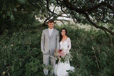 Berniat Untuk Mengirit Biaya Dekorasi Pesta Pernikahan Malah Berujung Menjadi Kacau Gara-Gara Bunga, Kok Bisa ?