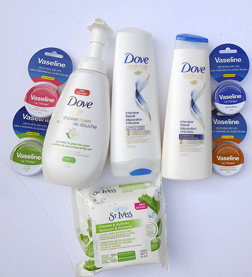 Fall Beauty Essentials ~ #Review #Giveaway, Dove Products, Vaseline tins, St Ives facial wipes