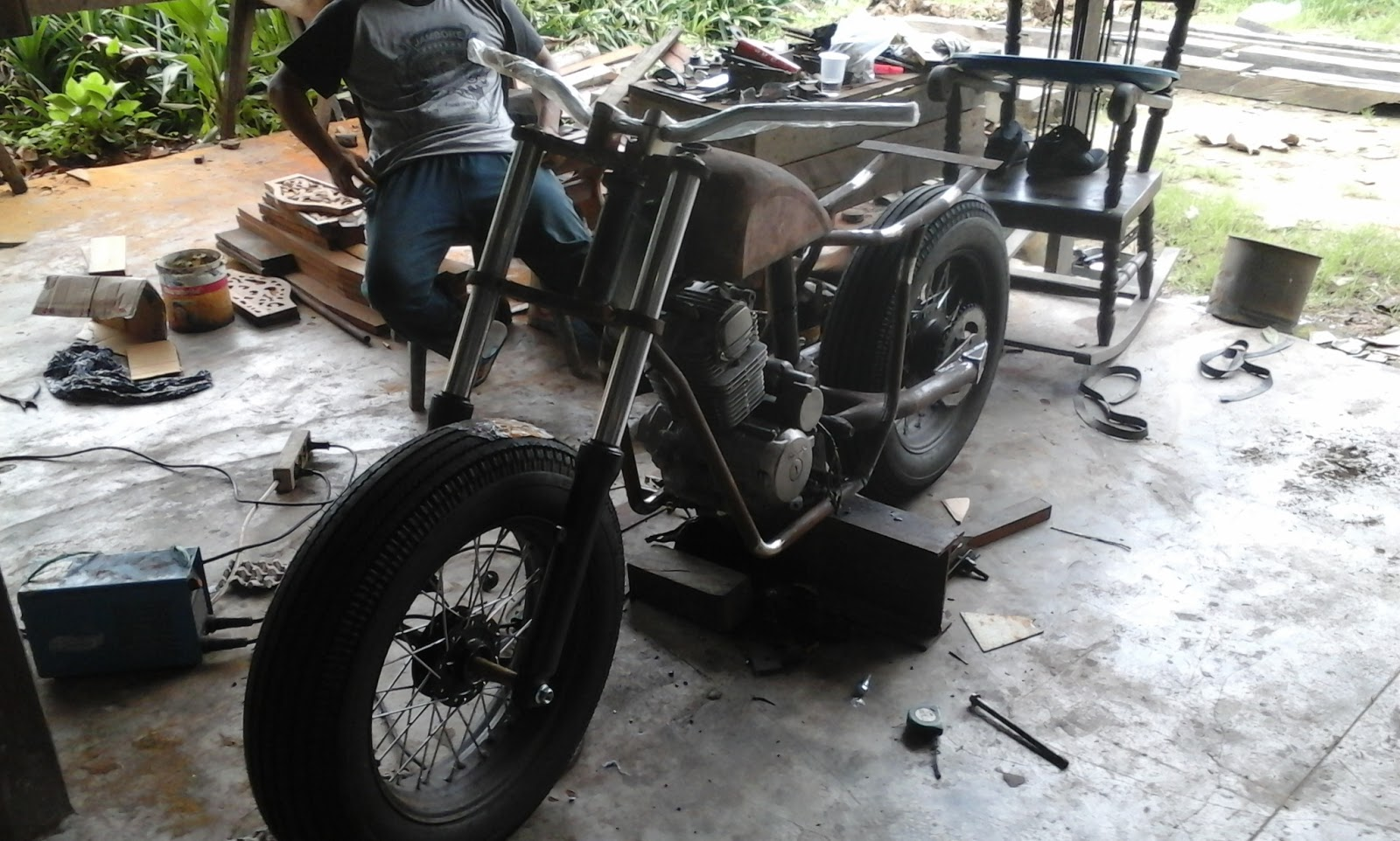 Modifikasi Motor Jadul Tiger 2000 Modifikasi Bobber