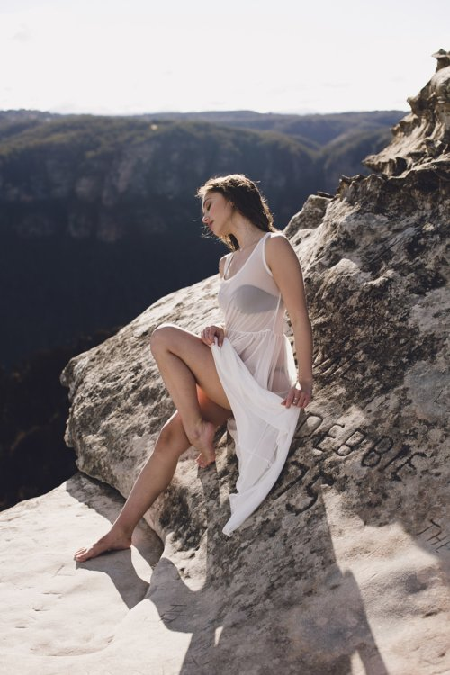 Julia Trotti arte fotografia fashion mulheres modelos beleza montanhas kristina srzich