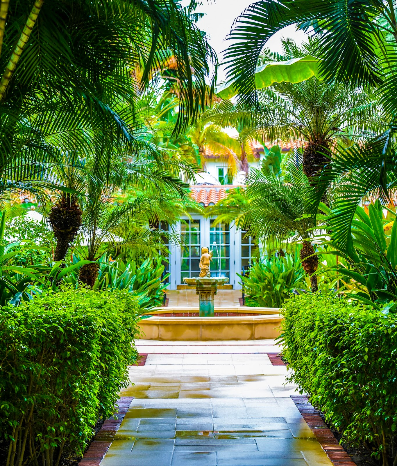 The Brazilian Court Palm Beach Celebrates 90 Years - The Glam Pad