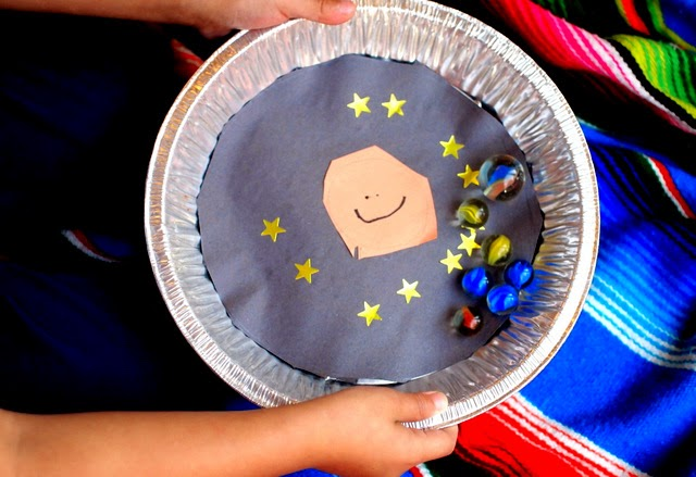 Easy Preschool space science game- try to get the planets around the sun!
