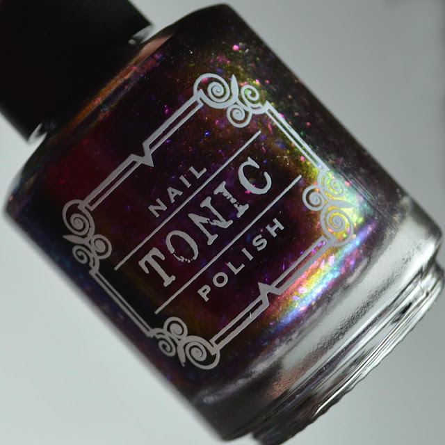 magnetic nail polish bottle