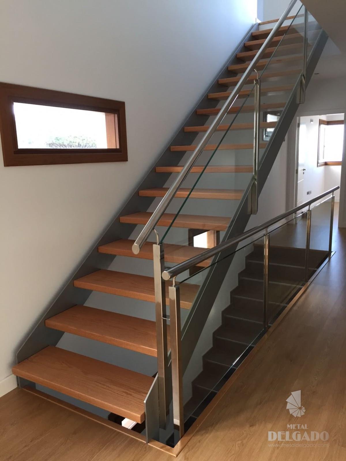 Acero inoxidable tenerife escaleras met licas tenerife - Escaleras de cristal y madera ...