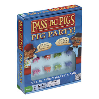 Pass the pigs pig party game
