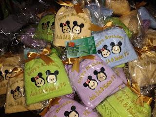 souvenir handuk ulang tahun anak kemasan plastik + pita ikat atas