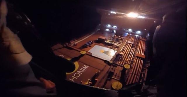 Καρέ – καρέ η επιχείρηση διάσωσης από το Πολεμικό Ναυτικό στην Κρήτη (ΒΙΝΤΕΟ)