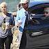 FOTOS HQ: Lady Gaga saliendo de cafetería en Malibú - 24/02/17