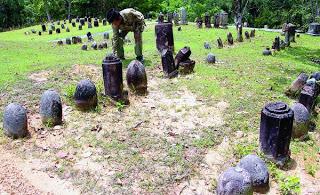 Kompleks Makam Mahligai di Desa Dakka, Kecamatan Barus, Kabupaten Tapanuli Tengah, Sumatera Utara, beberapa waktu lalu. Keberadaan makam kuno Islam di kawasan tersebut menjadi salah satu jejak penyebaran agama Islam pertama di Nusantara.