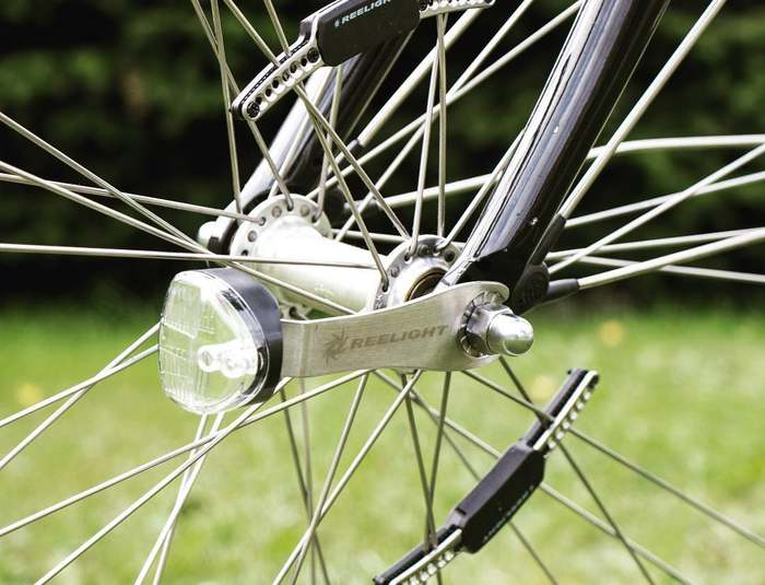 bicis electricas luces reelight