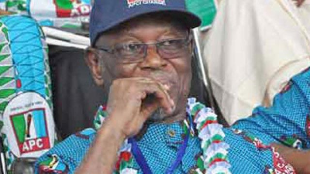 PDP is dead and buried - Oyegun says as 3000 defect to APC