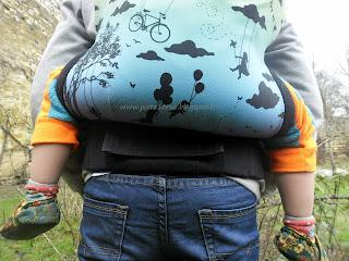 tula toddler préformé porte-bébé portage daydreamer winter solstice test avis détails tablier dimensions babycarrier babywearing assise