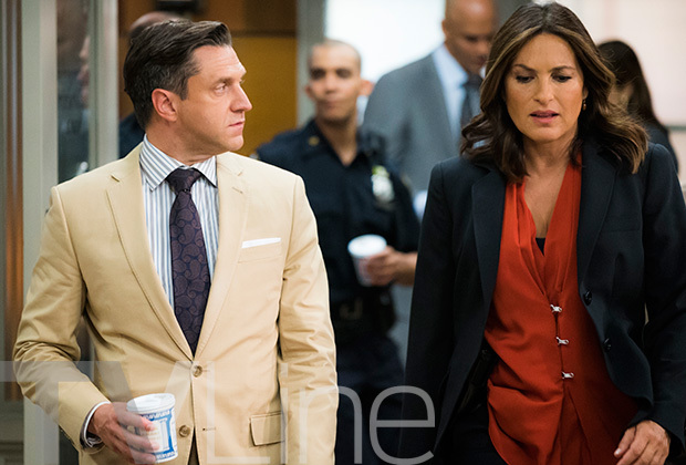 Law and Order: SVU - Season 18 - First Look at Mariska Hargitay and Raúl Esparza