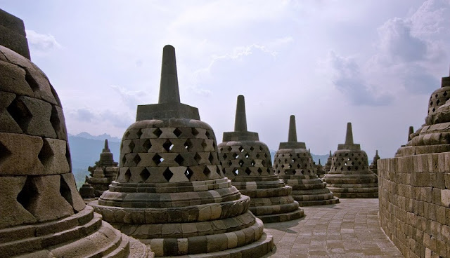 TOURIST WILL HAVE LIMITED ACCES TO BOROBUDUR TEMPLE PLATFORM