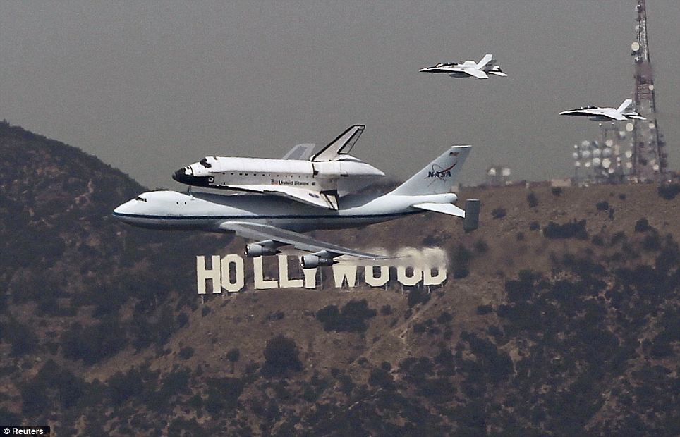 space shuttle endeavour in space - photo #17