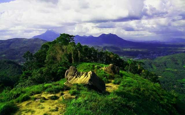 Bukit Jamur di Bengkayang