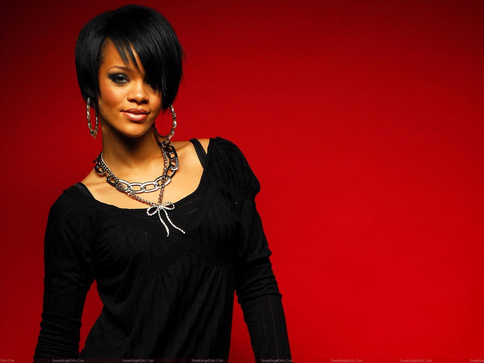 Rihanna: Rihanna Caribbean Queen Hot Wallpapers