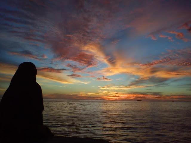 Semakin Kamu Berusaha Untuk Menerima & Ikhlas, Perasaan Akan Semakin Tenang