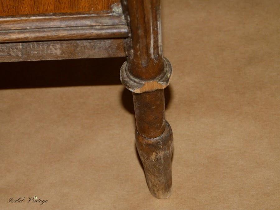 mesilla-noche-restaurar-patas