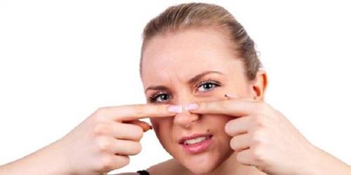 menghilangkan komedo di hidung