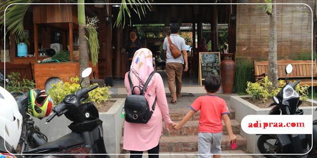 Masuk ke Omah Tobong | adipraa.com