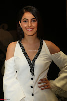 Isha Talwar Looks super cute at IIFA Utsavam Awards press meet 27th March 2017 25.JPG