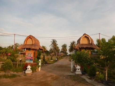 Pantai Indah Cemare Lombok