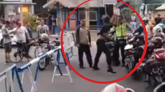 Pemuda Ngamuk Dan Pukuli Polisi di CFD Jepara