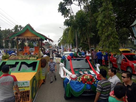 Suasana pawai kampanye damai di Merangin
